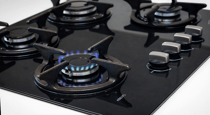 How to Clean A Black Stove Top