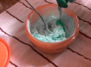 Dish Soap and Baking Soda clean stove